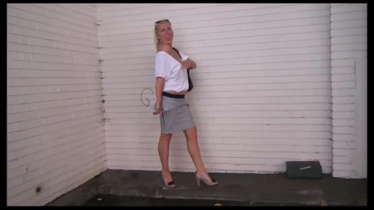 Mature Wifes Public Hidden Cam Adventures And Out Of Doors Mastu