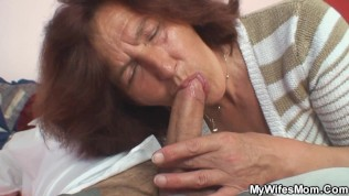 Mature Mummy Enjoys Youthful Man-meat In Her Cunt