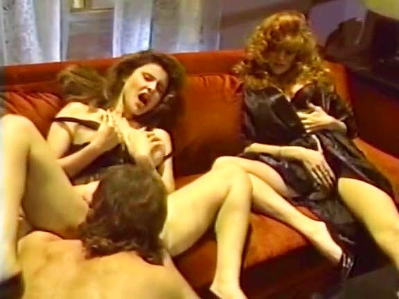 Jacqueline, Leanna Foxxx, Steve Drake In Lesbo Orgy And A Three-way From Sizzling Porn 1980